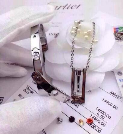 wholesale Cartier replica cartier ring cartier earring cartier cartier jewelry  20