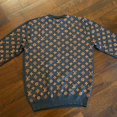 2021 New Arrive t shirt top quality hoodie LOUIS staple hoodie Sweater