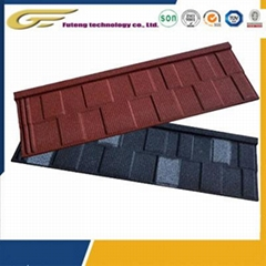 Stone coated corrosion-resistant metal tile/roof tile with a service life of up