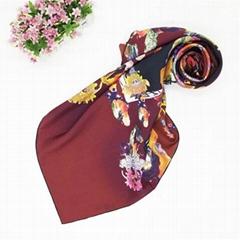 Pretty Design 100% Silk Scarf by Customized Digital PrintingPretty Design 100% S