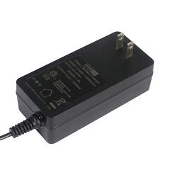 65W充电器
