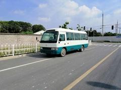 热卖日本产丰田考斯特30座中巴小巴士