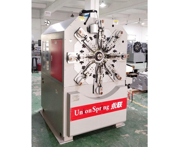 US-236R無凸輪轉線彈簧機後備箱彈簧 1