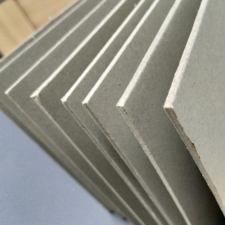 Hard stiffness grey chipboard paper used for puzzle 4