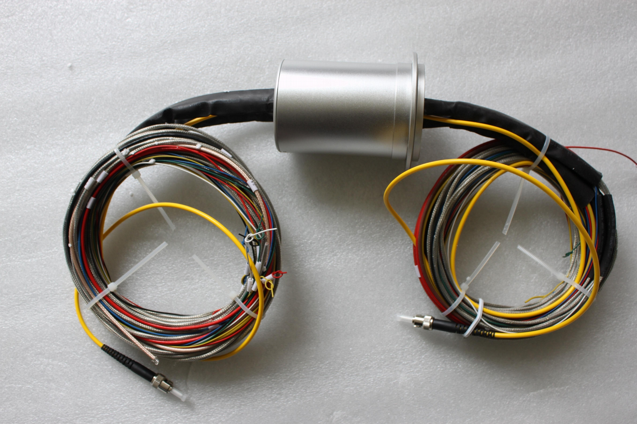 Electric Rotary Connector 360 degree slipring for revo  ing stage 1