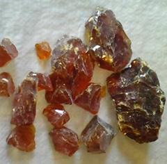 透明紅塊狀古馬隆樹脂
