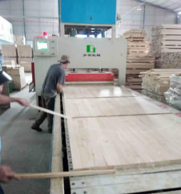 Wood Board Jointer Press Machine (Belt Conveyor)