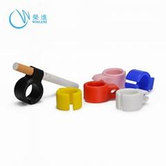 2019 Wholesale Factory Custom Novel Design Silicone Cigarette Finger Ring Holder