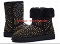 ugg Riveted snowy boots with cowhide