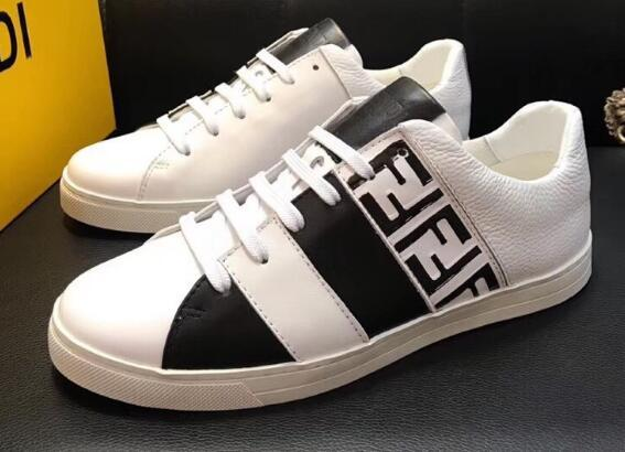 Fendi Men's Fendi Mania FF Leather Low-Top Sneakers
