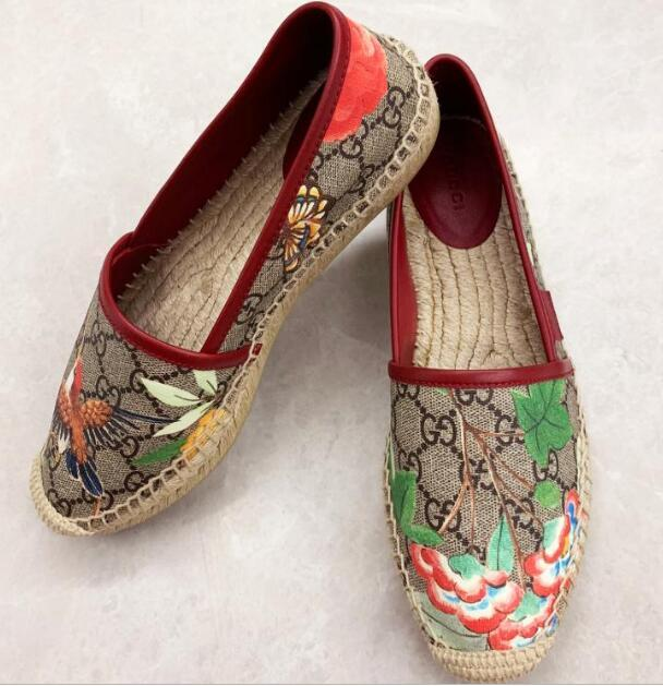 9103150664f ... Gucci GG Supreme Bees canvas espadrilles embroidered with bees flats  men women 11 ...