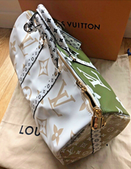 Louis Vuitton Keepall 50 Giant Monogram bag Limited Edition Summer 2019
