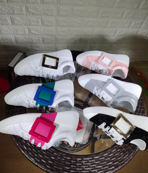 Roger Vivier two-tone leather Buckle sneakers