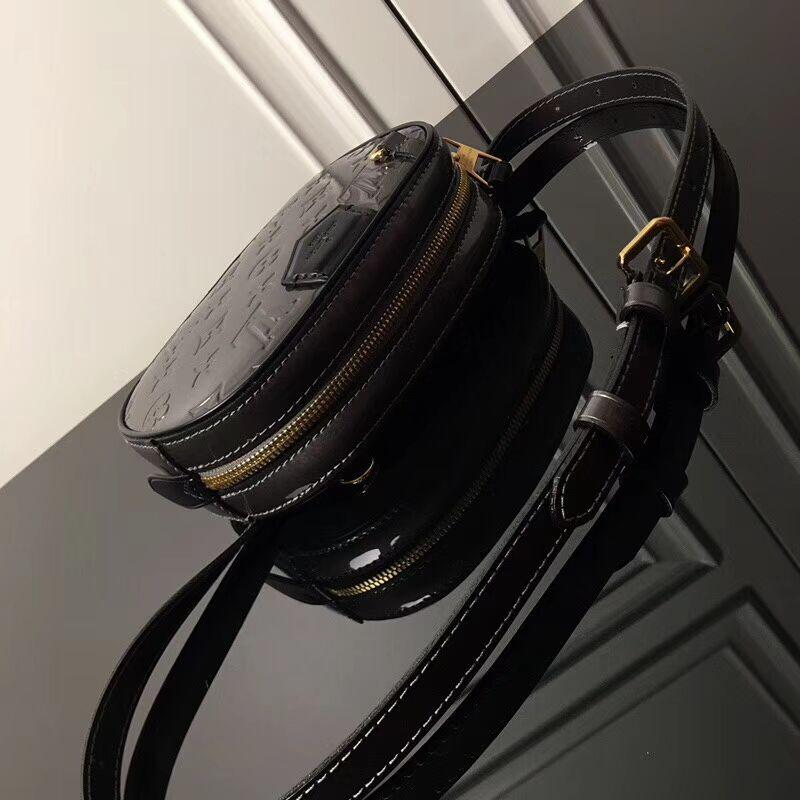 Louis Vuitton M90464 Beltbag Monogram Vernis patent smooth cowhide leather—Silver