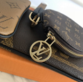 WhatsApp:+86 13305933829 Louis Vuitton Trio Pouch M68756 Reverse Monogram Coated Canvas Wristlet