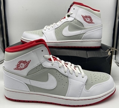 Nike Air Jordan 1 Mid Hare Bugs Bunny White/True Red/Silver 719551-123 Size 14