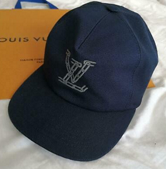 Louis Vuitton Mp2590 Chain Embroidred Cap luxury brand designer hats caps cheap