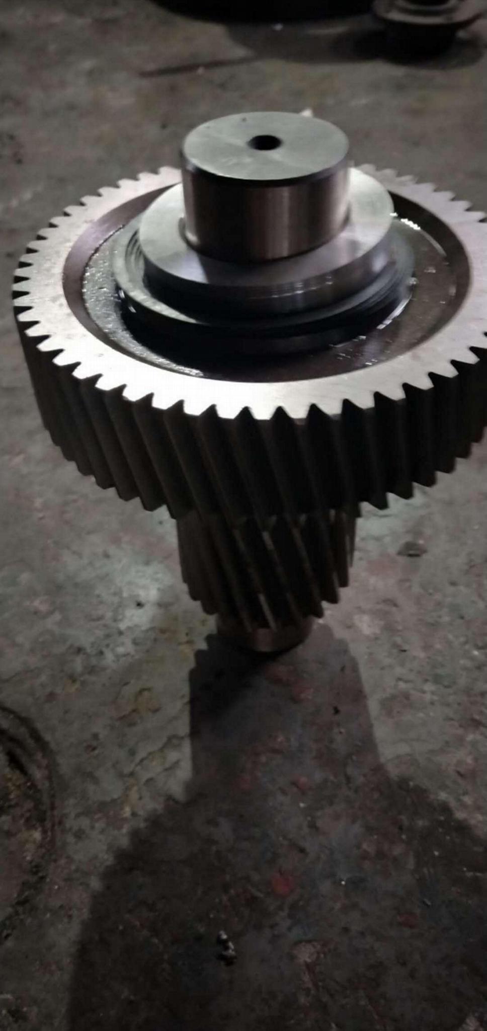 ZSY450-90硬齒面減速機18配91齒高速齒軸 1