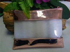 东莞厂家专业生产PVC透明手拿化妆包 可定制LOGO