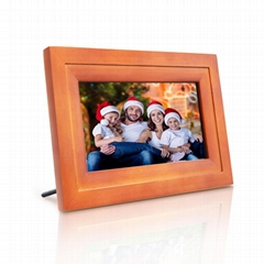 7 inch digital internet photo frame IPS touchscreen with iOS Android APP