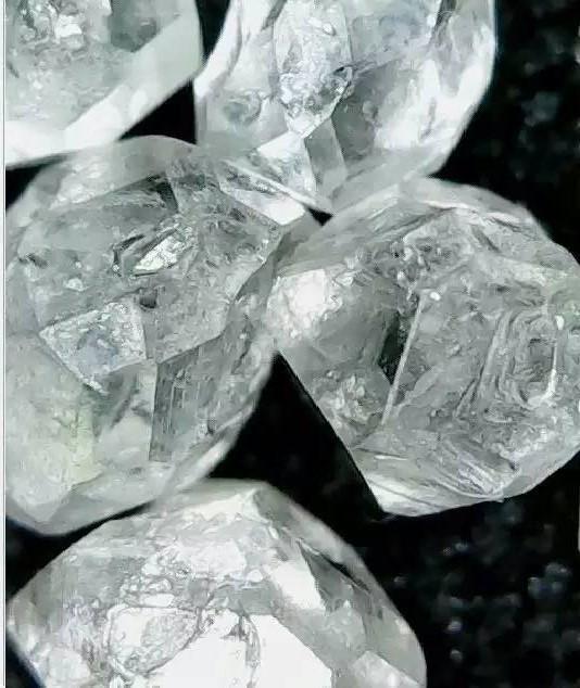 黄河旋风宝石级白钻  2