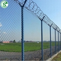 High Extension Cyclone Wire Chain Link Mesh Fence for Basketball Fields