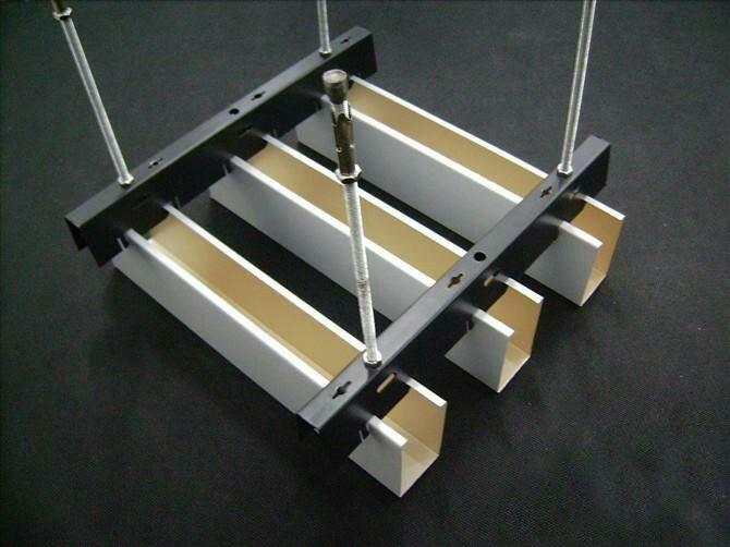 廠家直銷訂製鋁單板,鋁方通,鋁扣板,鋁窗花 3