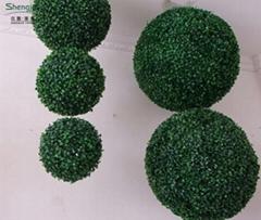 artificial green ball,plastic fake grass ball for sale