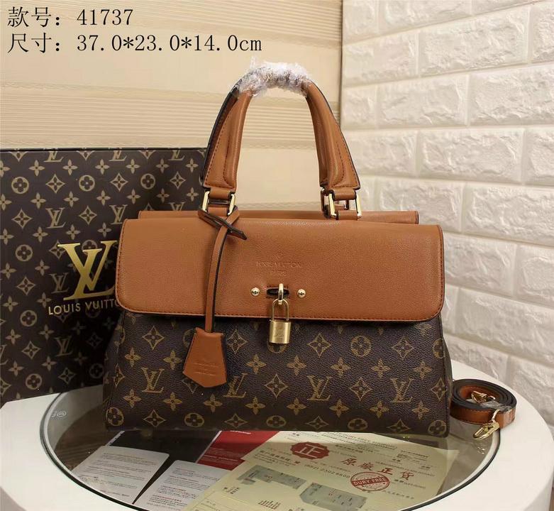LV bag fashion louis vuitton shoulder bag lv messager bag lady lv purse Monogram 8