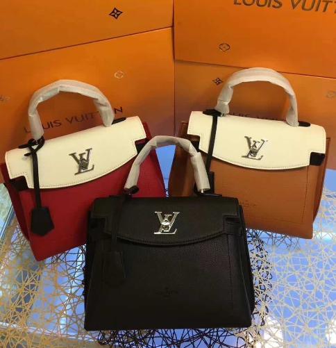 LV bag fashion louis vuitton shoulder bag lv messager bag lady lv purse Monogram 17