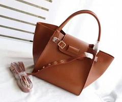 Belt bag in grained calfskin lady        handbag classic bag