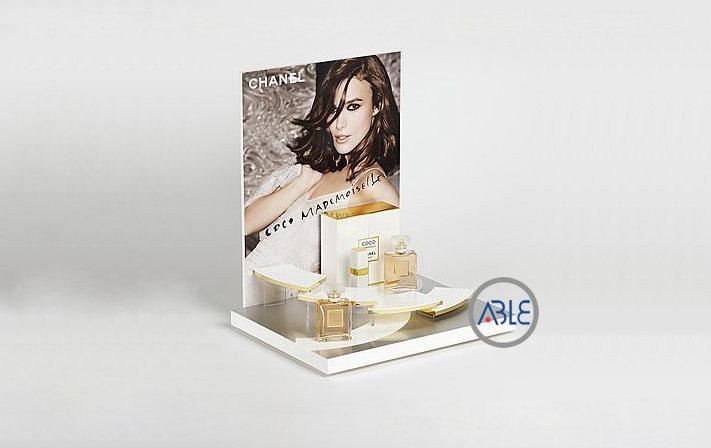 Custom Design Acrylic Cosmetics Display Stands with UV Printing 1