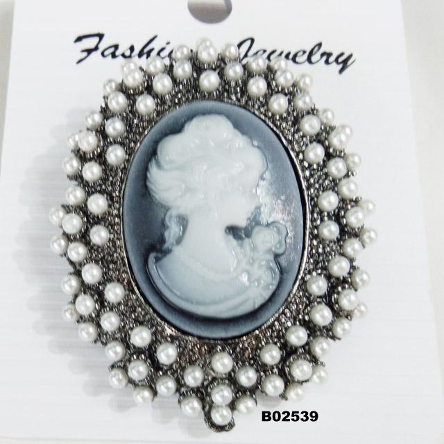 fashion big crystal rhinestone teardrop shaped brooch 2