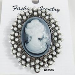 fashion women crystal stone pearl metal brooch