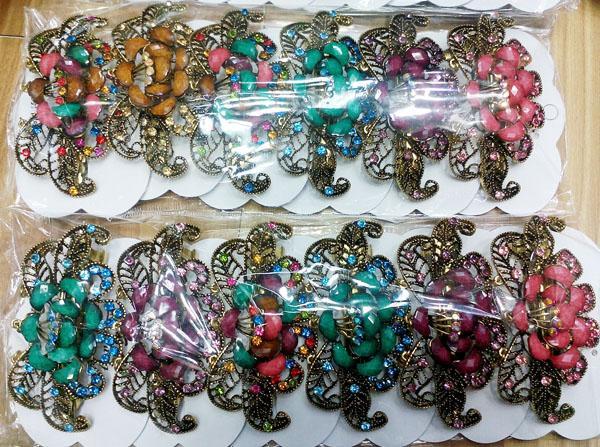 women antique crystal stone flower metal barrette 1
