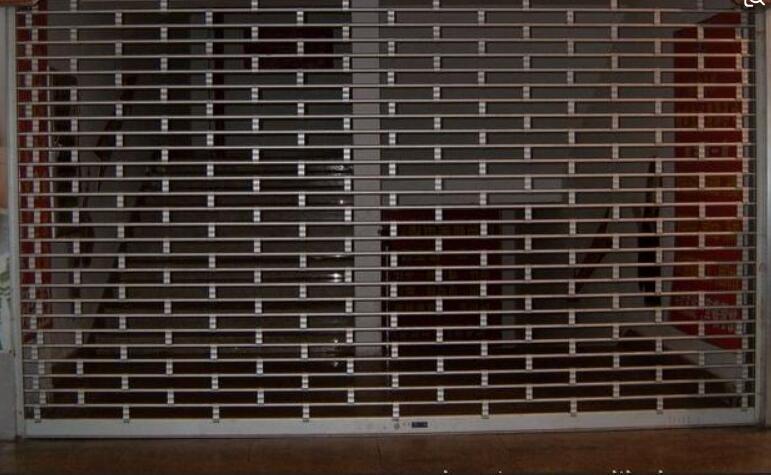不锈钢管水晶卷帘门 5