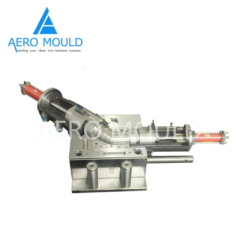 Plastic pipe fitting Mould 2