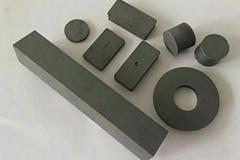 Ferrite/Ceramic Magnets