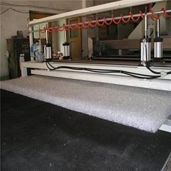 中空高分子床墊生產線