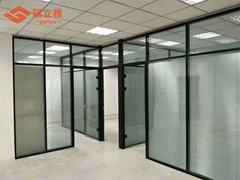 武漢辦公室單層玻璃隔斷鋼化磨砂玻璃隔斷牆