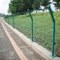 高速公路护栏网 绿色双边丝铁丝网 圈地围栏 1