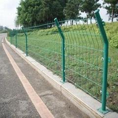 高速公路护栏网 绿色双边丝铁丝网 圈地围栏