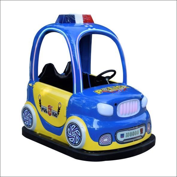 小孩騎儿童碰碰車電玩 2
