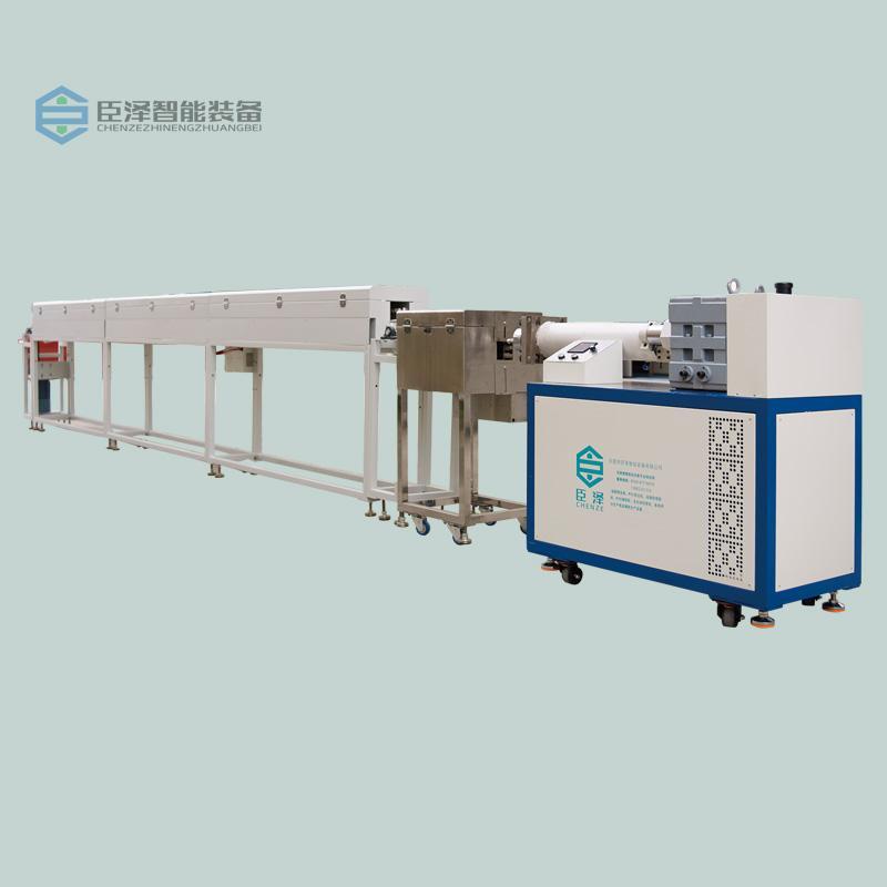 臣澤臥式單色硅膠擠出生產線 1