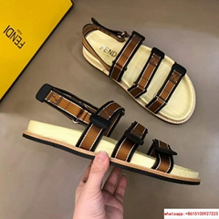 READ DESCRRIPTION       Sliders Sandals SBrand New With Box       sandal