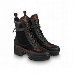 hotsale    laureate platform desert boot Suede calf leather and patent Monogram