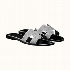 Hermes Oran sandal   in metallic Nappa leather and cristal powder  H172154Z 5235