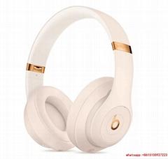 Beats Studio3 Wireless Headphones – The Beats Skyline Collection - Desert Sand