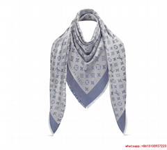 louis vuitton monogram denim shawl  Bleu Clair lv shawl M71382