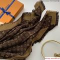 so shine monogram shawl  M71548    shawl  6